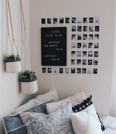 Totally Cute Black And White Room Aesthetic Ideas 28