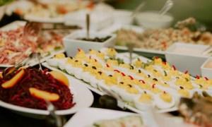 Cluj. Amenzi pentru 5 restaurante de la Protecția Consumatorilor. Puneau în farfurii mâncare expirată de 120 de zile 7