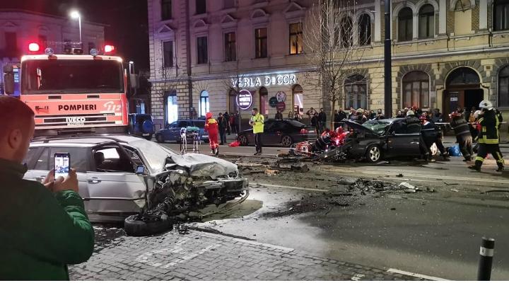 (Foto) Accident Cluj. Update 2. Șoferul de BMW de pe Horea a fugit dar a fost prins de un polițist aflat în timpul liber pe strada Racoviță. Șoferul era rupt de beat 8