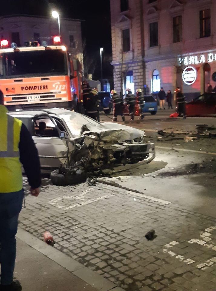 (Foto) Accident Cluj. Update 2. Șoferul de BMW de pe Horea a fugit dar a fost prins de un polițist aflat în timpul liber pe strada Racoviță. Șoferul era rupt de beat 6