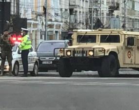 (Foto) Cluj. Mașini blindate ale Armatei pe străzile din oraș 3