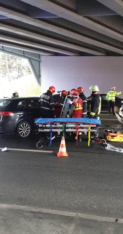(Foto) Accident Cluj. Ciocnire violentă la Podul N, persoane rănite 5