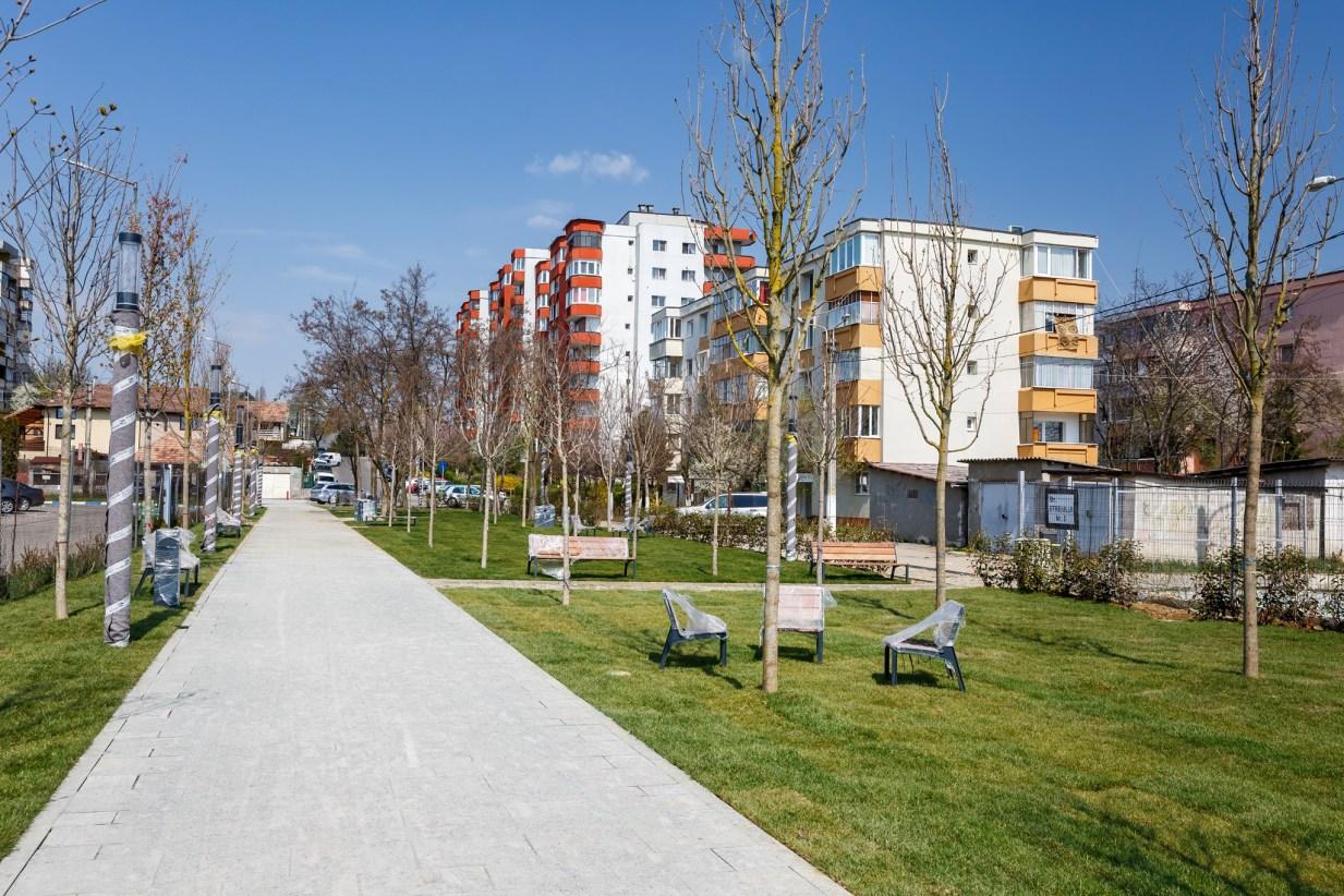 """Cluj. Parcuri în toate cartierele! Emil Boc: """"Ne concentrăm atenția să creăm asemenea zone de verdeață (n.r. la fel ca Parcul Între Lacuri) și de petrecere plăcută a timpului în aer liber, în toate cartierele orașului.  Cele două modele ..."""" 5"""
