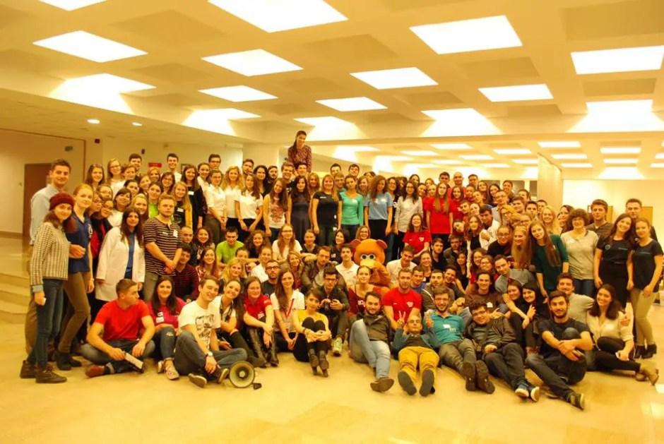 Organizația Studenților Mediciniști din Cluj împlineşte 26 de ani de la înfiinţare