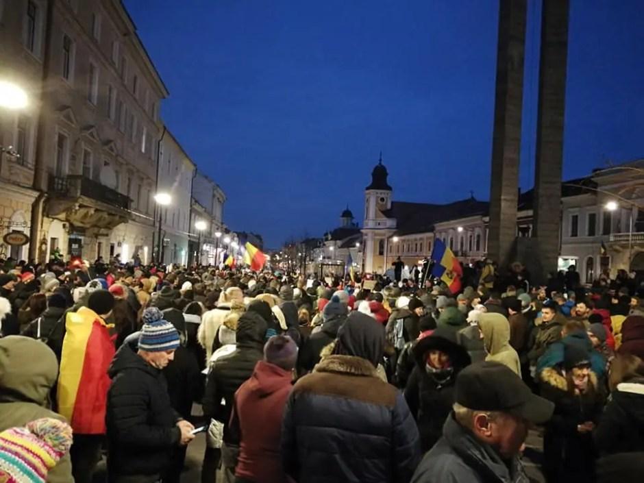 Protest la Cluj! Mii de oameni au ieşit în stradă pentru a susține Justiția