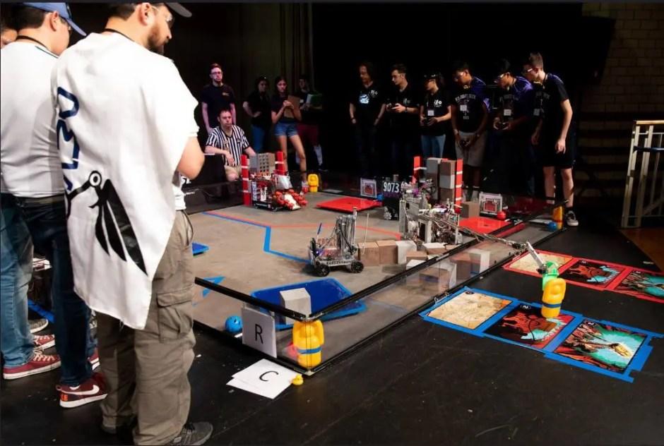 Ziua roboţilor în premieră la Cluj-Napoca