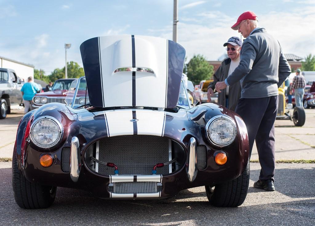 Rollin' Oldies Car Show © Nathaniel Knobel