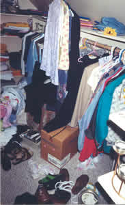 Closed disorganized before de-cluttering