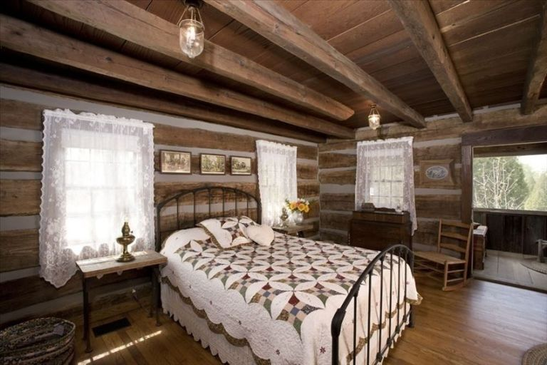 log cabin bedroom log cabin master bedroom decorating ideas 12155