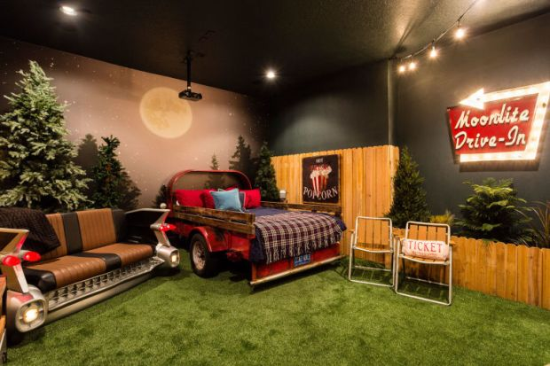 Home Theater Ideas Room Decor Drive In Drive-In Movie Movies Moonlite Outdoors Truck Beds
