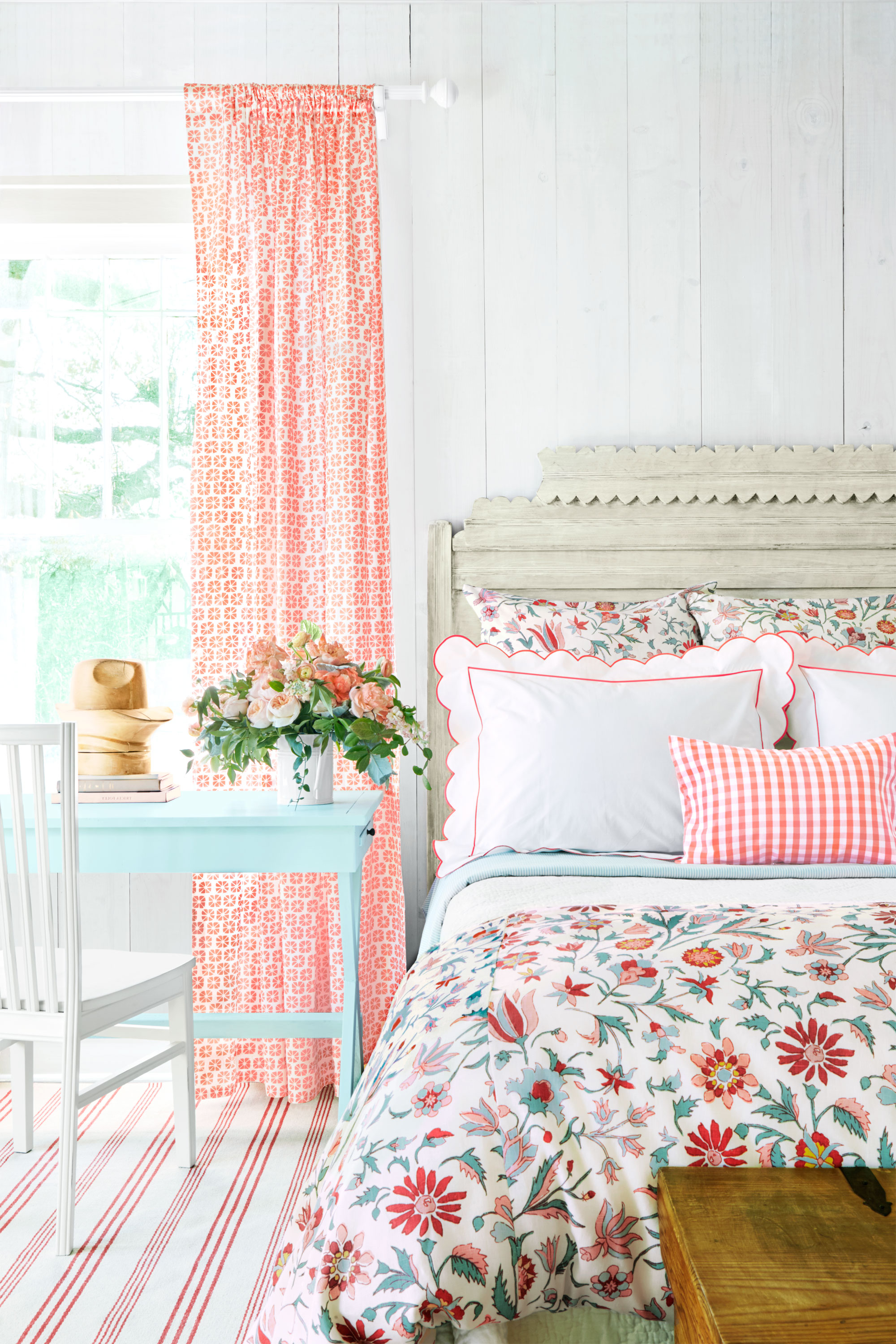 101 Bedroom Decorating Ideas in 2016 - Designs for ... on Beautiful Room Design For Girl  id=62469