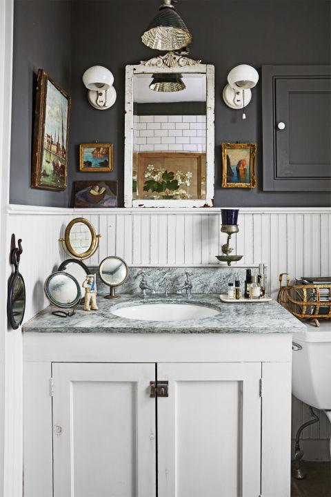 34 Rustic Bathroom Decor Ideas - Rustic Modern Bathroom ... on Rustic Farmhouse Bathroom  id=71309