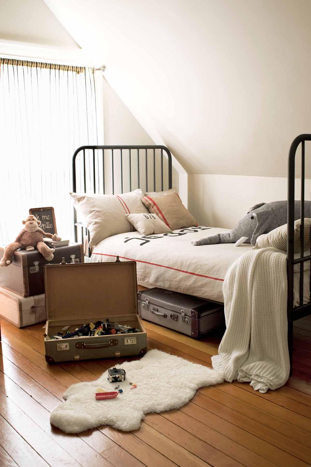 14 Best Boys Bedroom Ideas - Room Decor and Themes for a ... on Guys Bedroom Ideas  id=90126