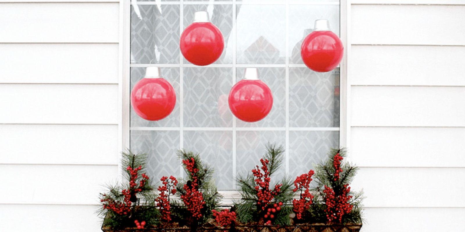 Oversized Christmas Ornaments Tutorial