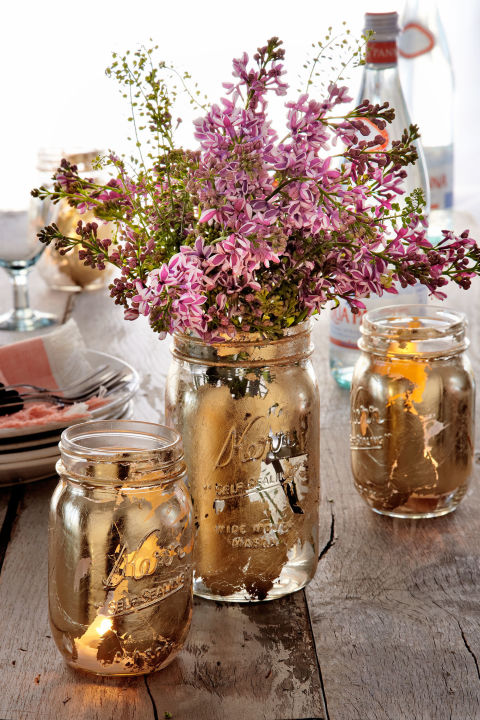 Decorate your table or event with this gorgeous mason jar centerpiece.