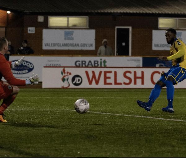 Kayne McLaggon scores Barry's equalising goal