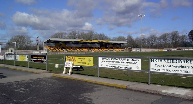 LOWER LEAGUE CLUBS WONT SURVIVE GAMES BEHIND CLOSED DOORS