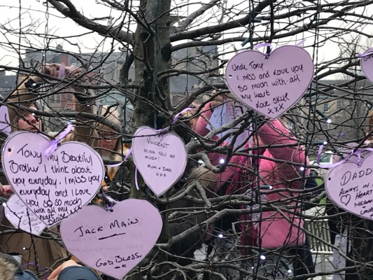 Renfrewshire commemorates loved ones lost to suicide
