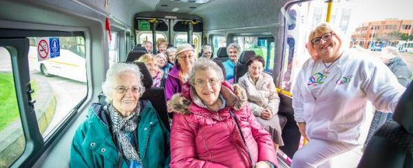 New community bus service launched in Renfrewshire