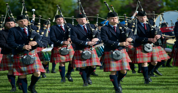 World class pipers head to Paisley for British Championships
