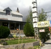 Latte Da coffee shop in Lee Vining where Beatrice had to get her tire plugged.