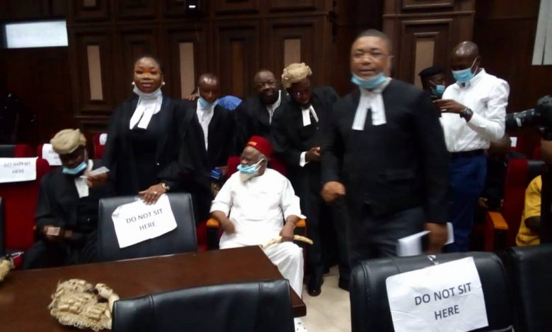 Anambra Governor Storms High Court for Nnamdi Kanu's Trial (Photos) «  CmaTrends