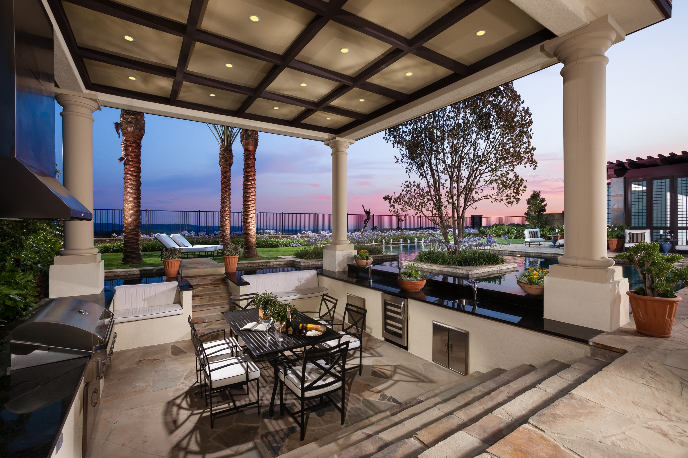 Single-Level Luxury Draws Interest in Toll Brothers ... on Fancy Outdoor Living id=85687
