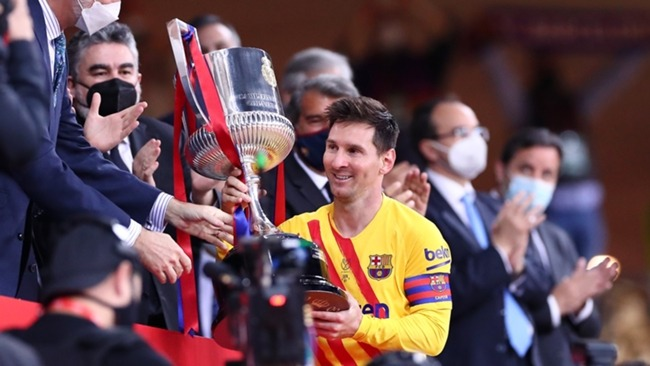Lionel Messi celebrates his latest Copa win