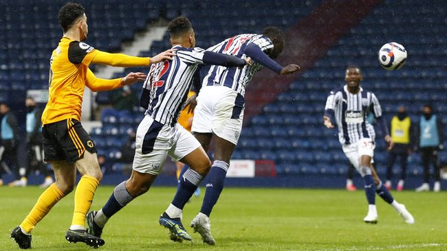 Mbaye Diagne headed West Brom level in the second half