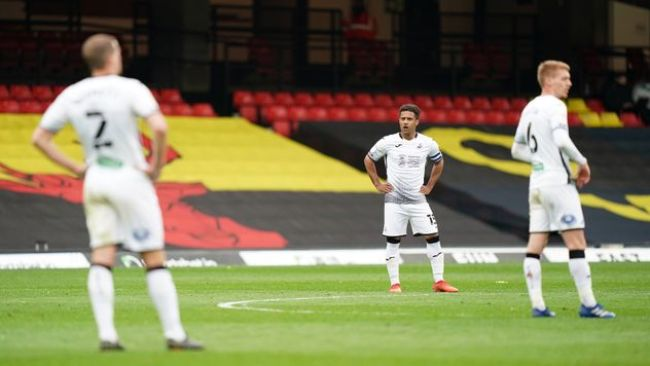 Wayne Routledge and Swansea have faltered towards the end of the season