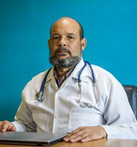 Dr. Cruz
