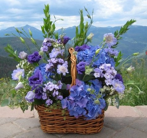 Blue-Floral-Basket-Bouquet-for-Vail-Weddings-Home-or-Business