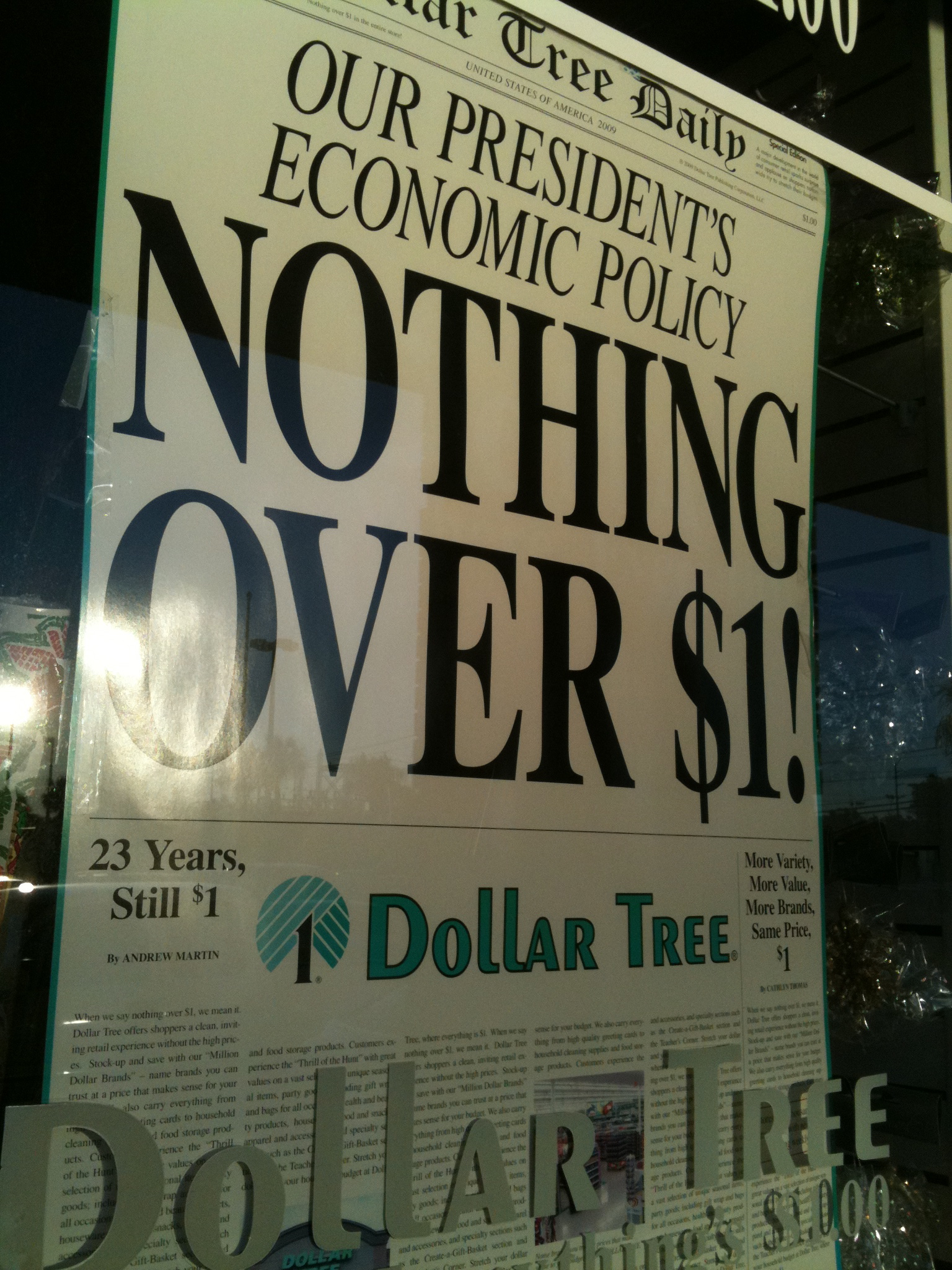 Dollar Tree Sign