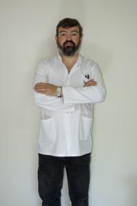 Dr. Alejandro Paglia