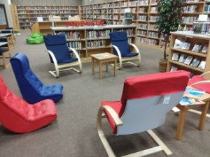 Visiting the Sauk Rapids - Rice Middle School Library