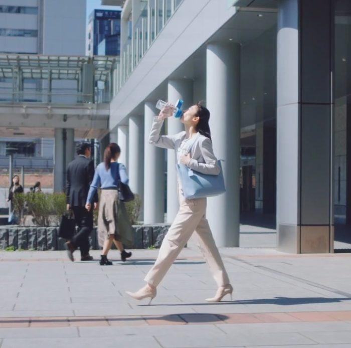 中田絢千 ブリタ CM