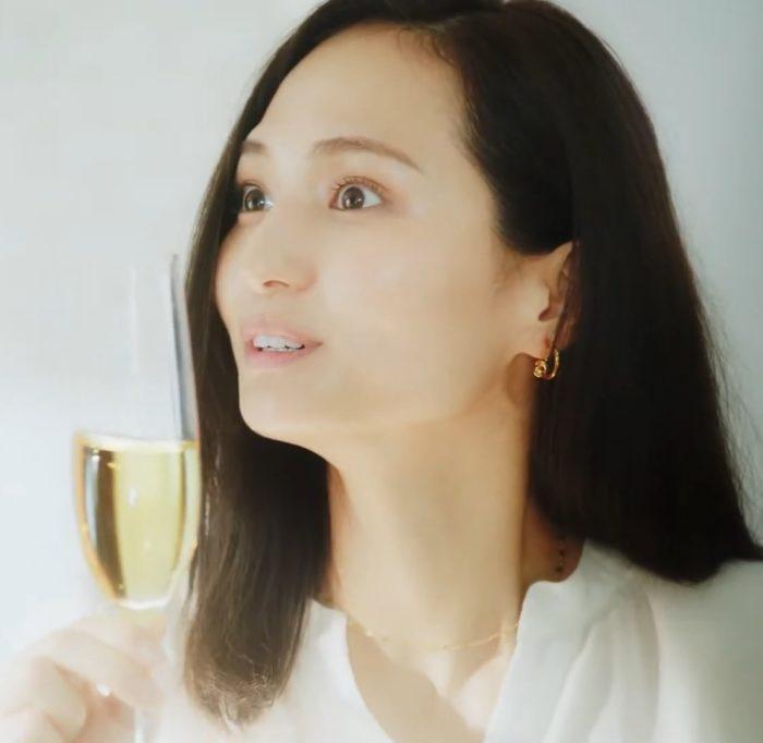 山賀琴子 フレシネ CM