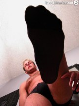 footfriends gay feet