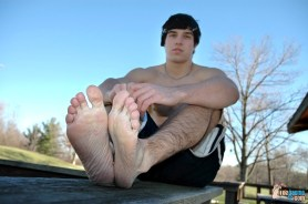 man toes