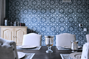 Stenciled Dining Room Wall DIY