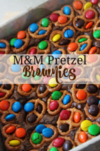 Movie Night Treats: M&M Pretzel Brownies