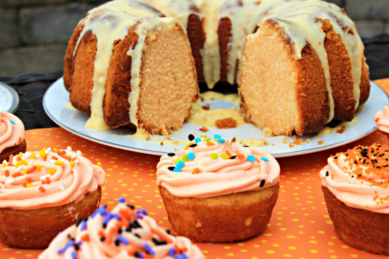 These delicious Halloween cupcakes and bundt cake are so easy to make! I have almost no baking skill, so you definitely can whip these up for your next Halloween party!
