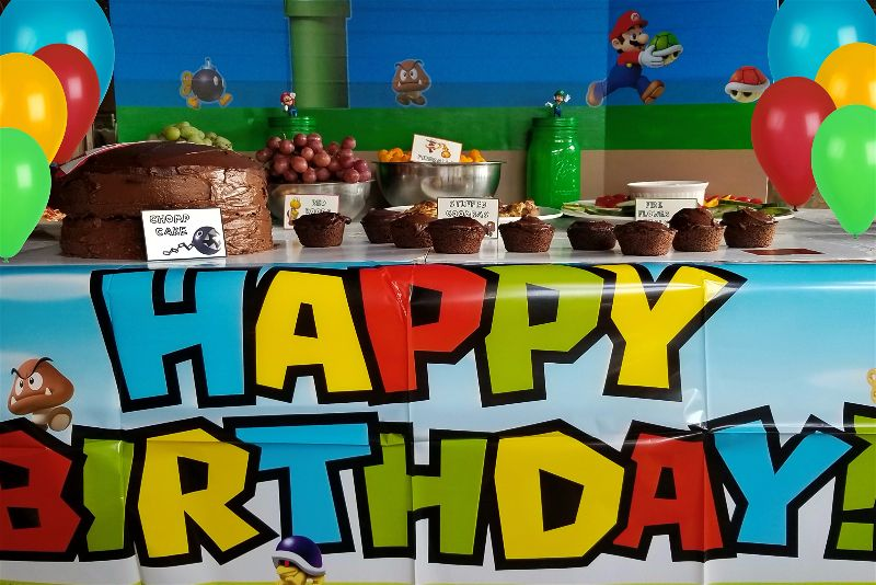 Any gamer kid is going to flip over these fun, easy, and frugal Super Mario party ideas for their next birthday party! Fun ideas for food and party decorations!