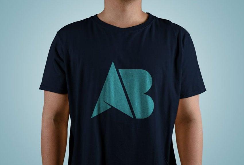 Una plantilla psd o mockup de camiseta es básicamente una camiseta en blanco en. Mas De 25 Plantillas Gratuitas De Mockups De Camisetas Para Photoshop En Formato Psd