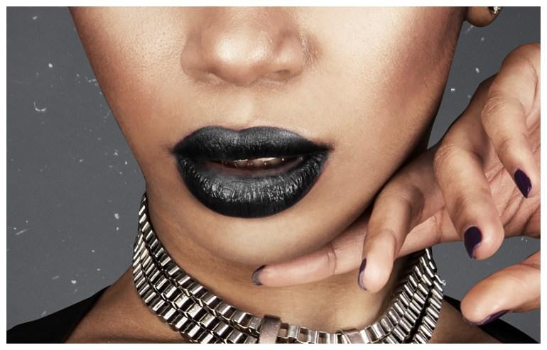 Darken lips