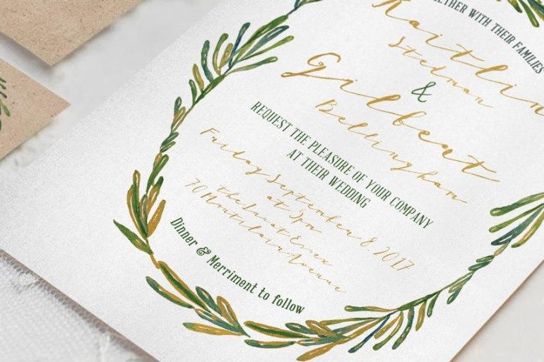 Elegant Wreath Wedding Invitation