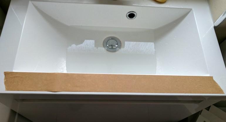 Sponged gummed tape
