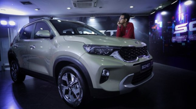 Kia Sonet 7-seat version launched in Indonesia, priced from $ 13,630.-Sonet-7-front-quarter-3-4259.jpg