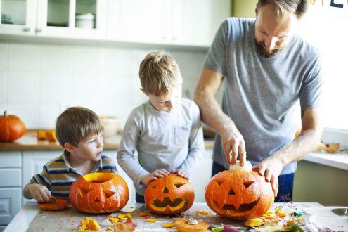 5 activités pédagogiques pour célébrer l'Halloween en famille