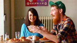 Ein sechssprachiges Frühstück mit Matthew Youlden